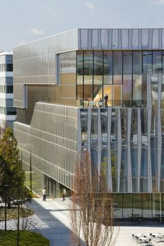 Novartis Campus by Weiss/Manfredi / East Hanover, NJ, USA