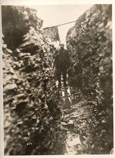 Photo: dark, cold, wet, trench, soldier. Bad. WWI. 1918.