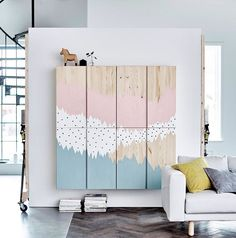 Chic ikea hacks to update your cheap furniture. Ikea hacks to take your bland furniture to chic. These 12 fashionista-approved DIY hacks will help you update your decor and make your Ikea purchases unique. For more DIY project ideas go to Domino. Big Blank Wall, Blank Walls, Ikea Hacks, Ikea Hack Storage, Ikea Pinterest, Ivar Regal, Diy Casa, Deco Originale, Best Ikea