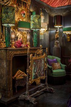 Dark Interiors, Colorful Interiors, Maximalist Interior, Glamour Decor, Deco Boheme, Interior Decorating, Interior Design, Interior Exterior, Dream Rooms