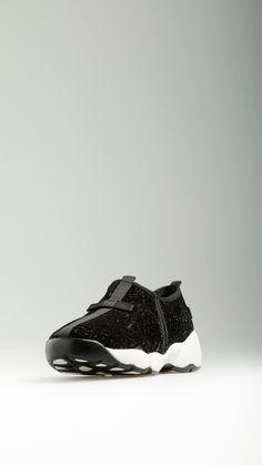 So Queer - Lurex embellished black velvet runner