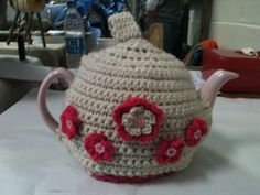 ❀⊱╮  Teapot Cozy, mug Snug. Crocheted tea cosy