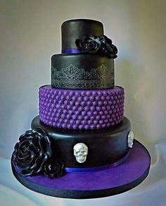 bling wedding cake with purple   Wedding   Pinterest   Bling wedding ...