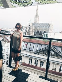 stephans cathedral , amazing view and sun set location Rooftop Bar, Vienna Austria, Rooftops, Cathedral, Bucket, Fancy, Sun, Amazing, Summer
