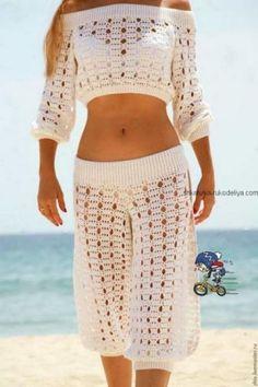 Fabulous Crochet a Little Black Crochet Dress Ideas. Georgeous Crochet a Little Black Crochet Dress Ideas. Crochet Pants, Black Crochet Dress, Crochet Skirts, Crochet Blouse, Crochet Clothes, Diy Clothes, Crochet Bikini, Crochet Top, Crochet Shorts Pattern