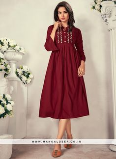 31065 Latest Kurti Design LATEST KURTI DESIGN | IN.PINTEREST.COM FASHION #EDUCRATSWEB