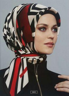 Armine 2015 2016 Sonbahar Kış Eşarp Koleksiyonu (14) Muslim Girls, Muslim Women, Hijabs, Modest Fashion, Hijab Fashion, Women's Fashion, Simple Hijab, Hijab Pins, Head Scarf Styles