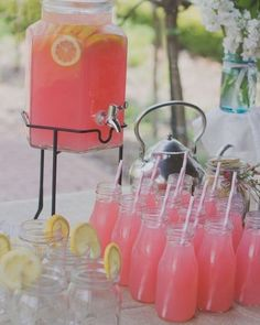 How cool is this beverage station idea?! It is perfect for a spring or summer outdoor wedding