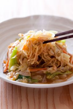 Japanese Food Ankake Yakisoba, Stir-fried ramen noodles dressed with a thick starchy sauce|あんかけ焼きそば
