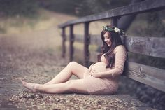 Romantic maternity photos with a vintage feel