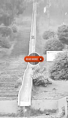 Dangerous descent from a hill [GIF] Dangerous descent from a hill [GIF]