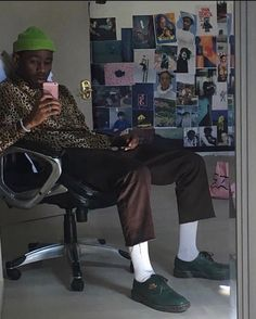 what shoes r these? Tyler The Creator Outfits, Tyler The Creator Fashion, Pretty People, Beautiful People, Amazing People, Tyler The Creator Wallpaper, Streetwear, Mein Style, Indie
