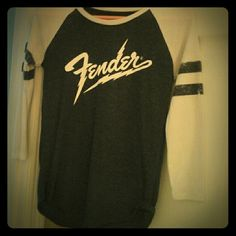 Fender raglan tee From Lucky brand and super soft, it fits like a small despite it being an xsmall Lucky Brand Tops Tees - Long Sleeve