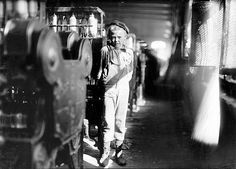 Our Baby Doffer by his machine, Avondale Mills by Lewis Hine. after hesitation he stated his age at 'he cant work unless he is stated another boy. child labor laws were posted. Shorpy Historical Photos, Historical Pictures, Old Pictures, Old Photos, Lewis Hine, Working With Children, Interesting History, Vintage Photographs, Vintage Photos