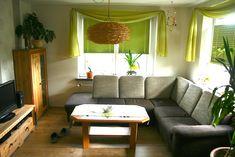 TV, Sofa, Musikanlage Sofa, Couch, Furniture, Home Decor, Living Room, Homemade Home Decor, Sofas, Home Furnishings, Interior Design
