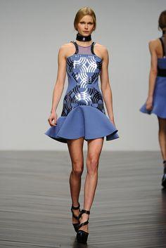 David Koma RTW Fall 2013 - Slideshow - Runway, Fashion Week, Reviews and Slideshows - WWD.com