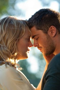 Nicholas Sparks' DO's & DON'Ts for writing a love story (Glamour.com UK)