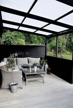 The patio of a house can be settings for many unique things. Whether you have a tiny space or a larger one, you want your outdoor space to be comfortable and nice. Your patio supplies the foundation for your outdoor living space. Diy Pergola, Pergola Shade, Diy Patio, Pergola Ideas, Cheap Pergola, Modern Pergola, Porch Ideas, Decking Ideas On A Budget, Covered Deck Ideas On A Budget