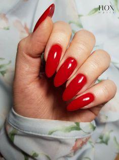 Wiosna 🌷 to nie tylko pastele, ale też niezwykle soczyste kolorki, takie jak Wiśniowe Nadzienie 🍒! Ten wyjątkowy odcień będzie doskonałym akcentem podczas romantycznej kolacji oraz długich wiosennych spacerów 💅! Jak Wam się podoba w solowej odsłonie czerwone paznokcie? 😎  #nails #nail #rednails #nails2inspire #nailswag #nailsofinstagram #nailsinspirations #instanails #mani #manicure #manicurehybrydowy #paznokcie #paznokciehybrydowe #paznokcieżelowe #hybrydy #hybryda #pazurki Nail Inspo, Makeup Inspo, Arabic Calligraphy Tattoo, Elegant Nails, Red Dragon, Red Nails, Manicure, Friend Photos, Stilettos