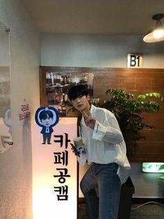 김요한 boyfriend look produce x 101 Korean Tv Shows, Kdrama Actors, K Idol, Taeyong, Boyfriend Material, Wattpad, Kpop, Produce 101, Boys