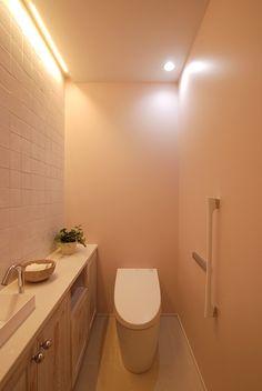 モダンな建築とペイント壁 | ペインティングウォール | 専用壁紙と塗り替えられるペイント壁