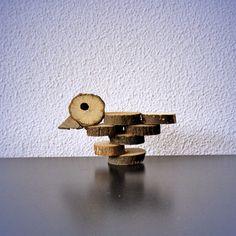 Maak een vogeltje van houtplakjes (+werkbeschrijving)