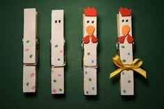 Un lavoretto per la Pasqua semplice e di poca spesa: Chi non ha in casa le mollette di legno? Si proprio quelle della biancheria, se non le...