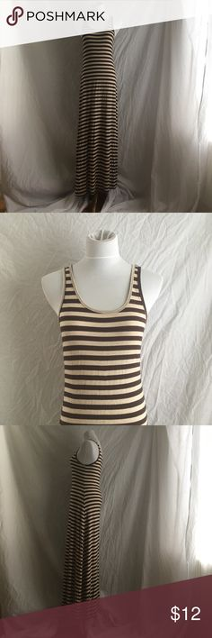 "Zenana Outfitters Brown/Cream Maxi Dress Size L CLASSIC STRIPED SLEEVELESS MAXI DRESS Size Large in great condition. Brown/Cream striped. Measures: Length 55"" Armpit to armpit 15"" Zenana Outfitters Dresses Maxi"