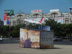 """看板、宣伝が""""東欧""""で、社会主義っぽいです!"""