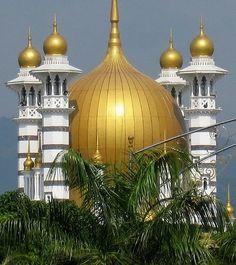 Ubudiah Mosque in Kuala Kangsar, Malaysia / by storm runner