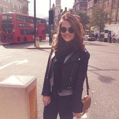 """Ai, ai, Londres... ❤️ #KarolUK"""