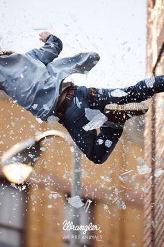 Wrangler - We are animals - Stunt 18