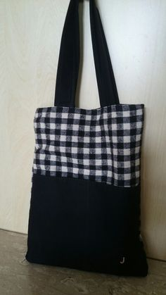 Simple black and check tote