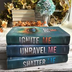 I finally have matching hardbacks of the Shatter Me series...just in time for Restore Me to join the party! Restore me comes out March 6th! Which is your favorite cover of this series? I love Ignite Me. Day 10: #febinbooks18 {instalove or love triangle} I adore love triangles! #harpercollins #taherehmafi #shatterme #restoreme #shattermeseries #igniteme #unravelme #shattermeseries #bookstagram
