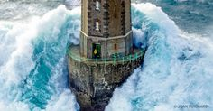 27incredible lighthouses that stood the test oftime