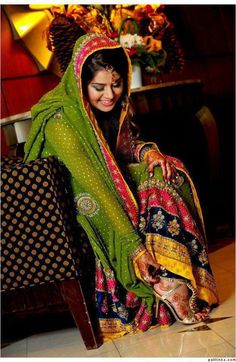 mehndi bridal outfit - colorful - traditional mehndi dress - for south asian brides - beautiful dress - green dupatta