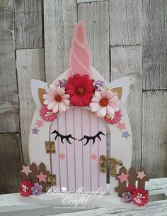 My Unicorn door See my others doors at www.facebook.com/clairemurphycrafts Fairy Bedroom, Unicorn Bedroom, Diy Fairy Door, Fairy Doors, Unicorn Birthday, Unicorn Party, Crafts To Do, Crafts For Kids, Unicorn Crafts