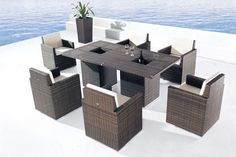 Coline makes outdoor entertainment convenient and enjoyable. Now beverages are within easy reach by all guests at the table. Perfect for party time!  From the factory floor to your door! Deliveries in Hong Kong. Export enquiries welcome.  See more at www.everything.house