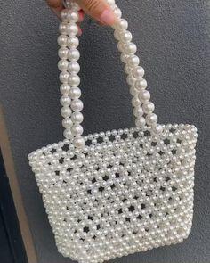 Beaded Purses, Beaded Bags, Beaded Crafts, Jewelry Crafts, Beaded Jewelry Designs, Handmade Jewelry, Messenger Bag Patterns, Diy Bags Purses, Jewelry Model