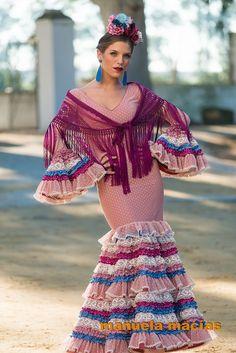 Colección de trajes de flamenca 2015 - Manuela Macías Moda Flamenca Spanish Dance, Spanish Style, Color Menta, Flamenco Dancers, Flamenco Dresses, Spanish Fashion, Folk Fashion, Crown Hairstyles, Dance Outfits