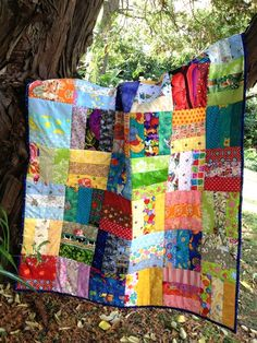 IMG_4830 Scrappy Quilt Patterns, Scrappy Quilts, Easy Quilts, Kid Quilts, Scrap Fabric Projects, Quilting Projects, Sewing Projects, Quilting Ideas, Sewing Hacks