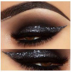 Dramatic Wedding Makeup, Dramatic Eye Makeup, Dramatic Eyes, Natural Eye Makeup, Glam Makeup, Dress Makeup, Beauty Makeup, Khol Eyeliner, Winged Eyeliner