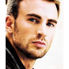 Chris Evans ❤ liked on Polyvore featuring chris evans, marvel, men, captain america and pictures