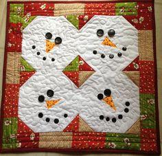 Quilted snowmen faces...cute,cute, cute