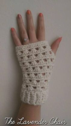 Lazy Daisy Fingerless Gloves Crochet Pattern - The Lavender Chair