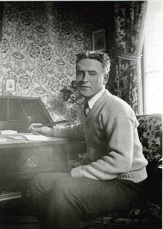 Scott Fitzgerald defined and captured what life was like during the The Great Gatsby Fitzgerald, Scott And Zelda Fitzgerald, Library Of America, Writing Images, Theatre Plays, American Literature, Writers Write, The New Yorker, Books