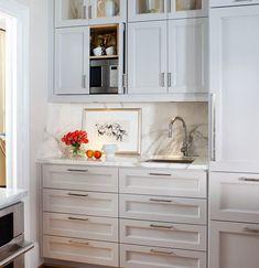 Kitchen Cabinets to Ceiling. Unique Kitchen Cabinets to Ceiling. Drawers In Kitchen Cabinets to Ceiling Kitchens Kitchen Cabinets Decor, Kitchen Cabinet Hardware, Cabinet Decor, Kitchen Redo, Cabinet Design, New Kitchen, Kitchen Remodel, Cabinet Storage, Cabinet Ideas