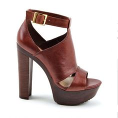 Women's wide width shoes - http://annagoesshopping.com/womensshoes ...