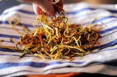 Fried Zucchini Strings, Squash, Vegetable Side Dishes, Side Dishes, Zucchini, Fried, Spiralizer