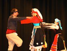 """Κοτσάκια Νάξου - Kotsakia, which is also called Kotsakia Fanerono, originated in the Cycladic islands of Naxos, specifically in villages of Komiaki or Koronidas Its accompanying music was usually sung a cappella by the dancers. Occasionally instruments, like the """"tsampouna"""" and the """"doumpaki"""", were added to the song as well. Today, the music is most often heard played by the violin and the """"laouto"""", which are more familiar sounds. It is not as widespread as other dances of the island."""